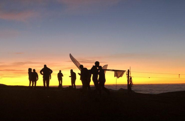 De race startte ver voor de zon opkwam   Fotocredits: Peter de Vries