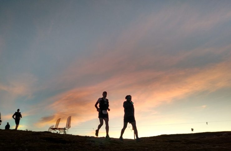Al voor zonsopgang zijn we de berg opgegaan    Fotocredits: Peter de Vries