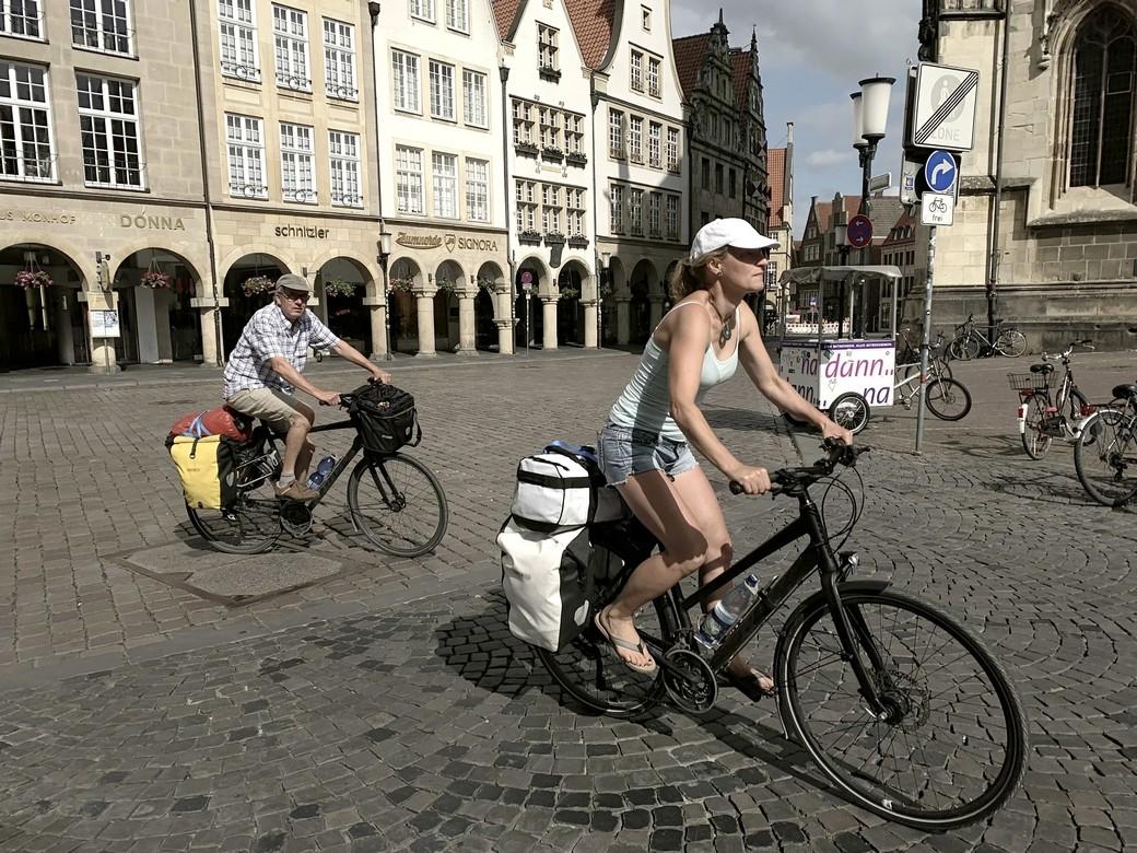 De herbouwde, fietsvriendelijke binnenstad van Münster.