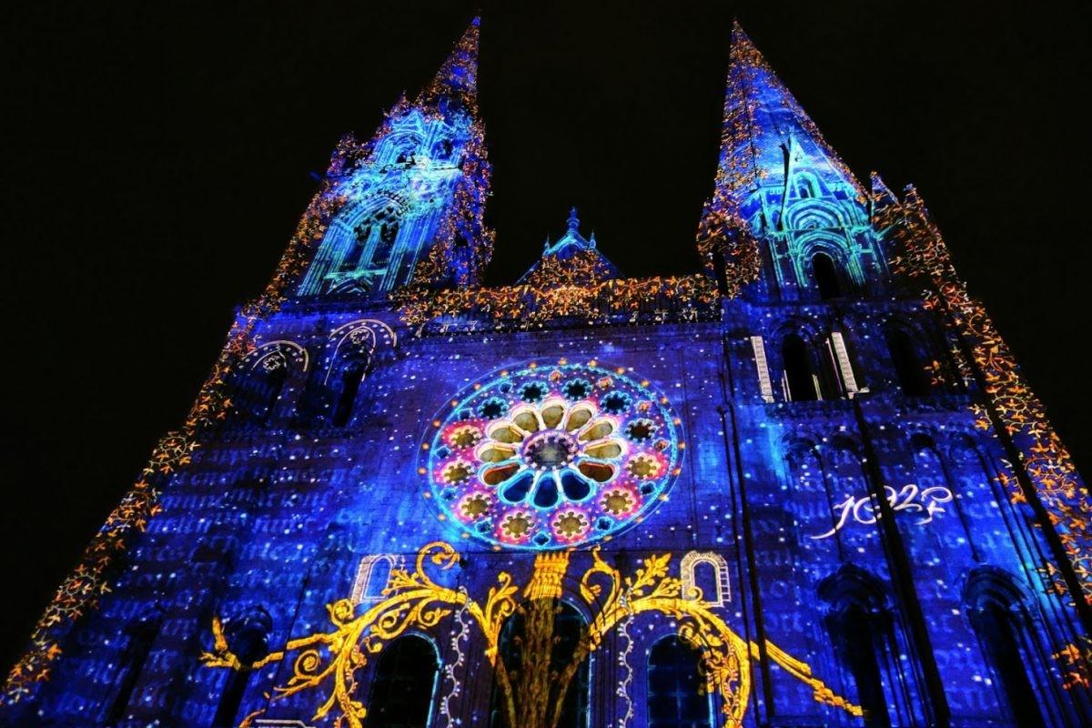 lichtshow Chartres, foto Stefan Maas