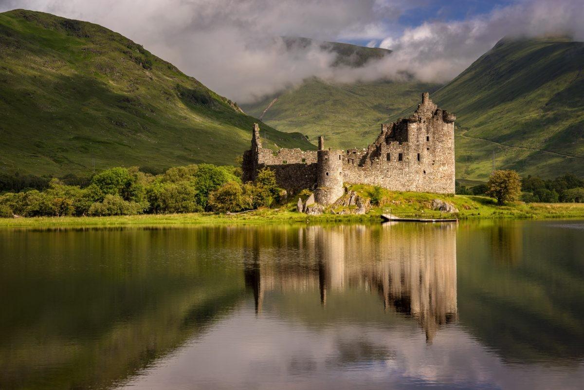 Bezoek de vele kastelen op de route. Foto: Buro Scanbrit