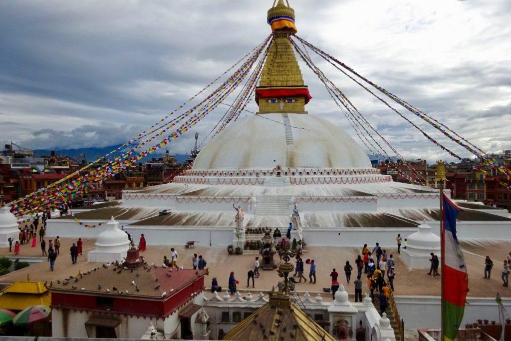 Illustratie van het levendige Kathmandu bij Boudhanath Stupa