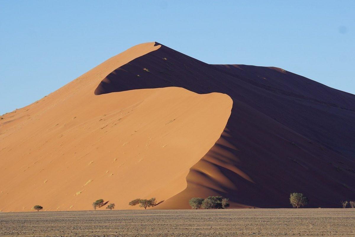 De beroemde Dune 45. Afbeelding van Jürgen Bierlein via Pixabay