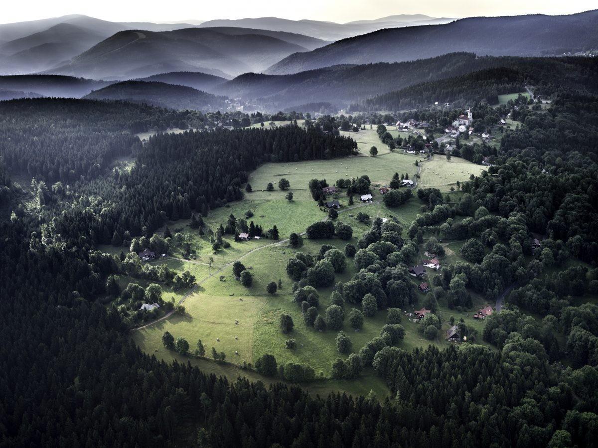 Prachtig uitzicht op de omringende bergen. Foto: Jiri Jirousek