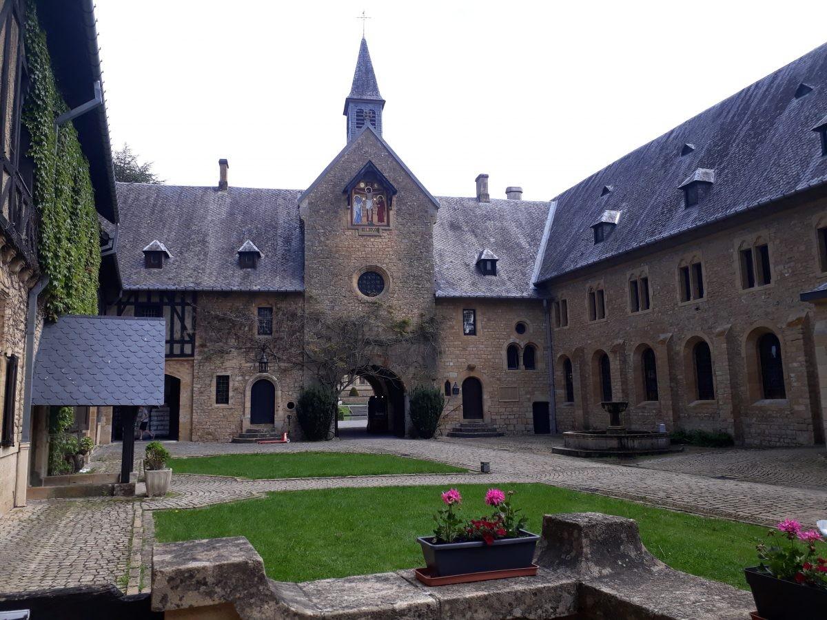 de nieuwe abdij van Orval