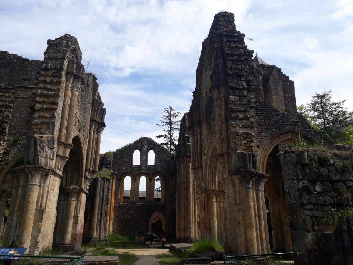 de oude abdij van Orval verwoest tijdens de Franse Revolutie