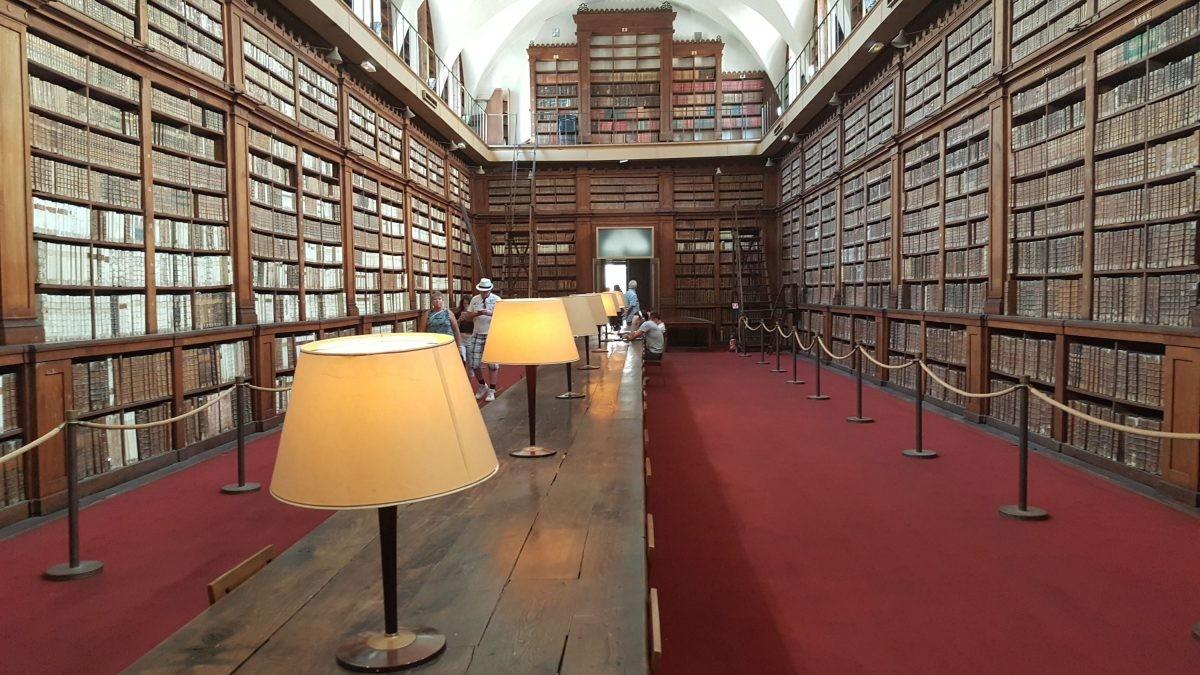 bibliotheek ajaccio