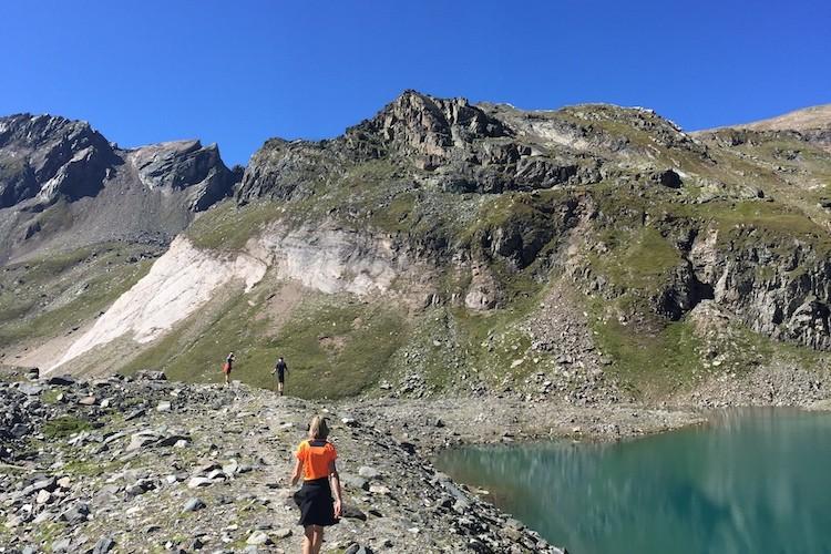 Na de tas in de hut te hebben gelegd, liepen we naar de Eissee. Foto: Dagmar Wolters Virgental