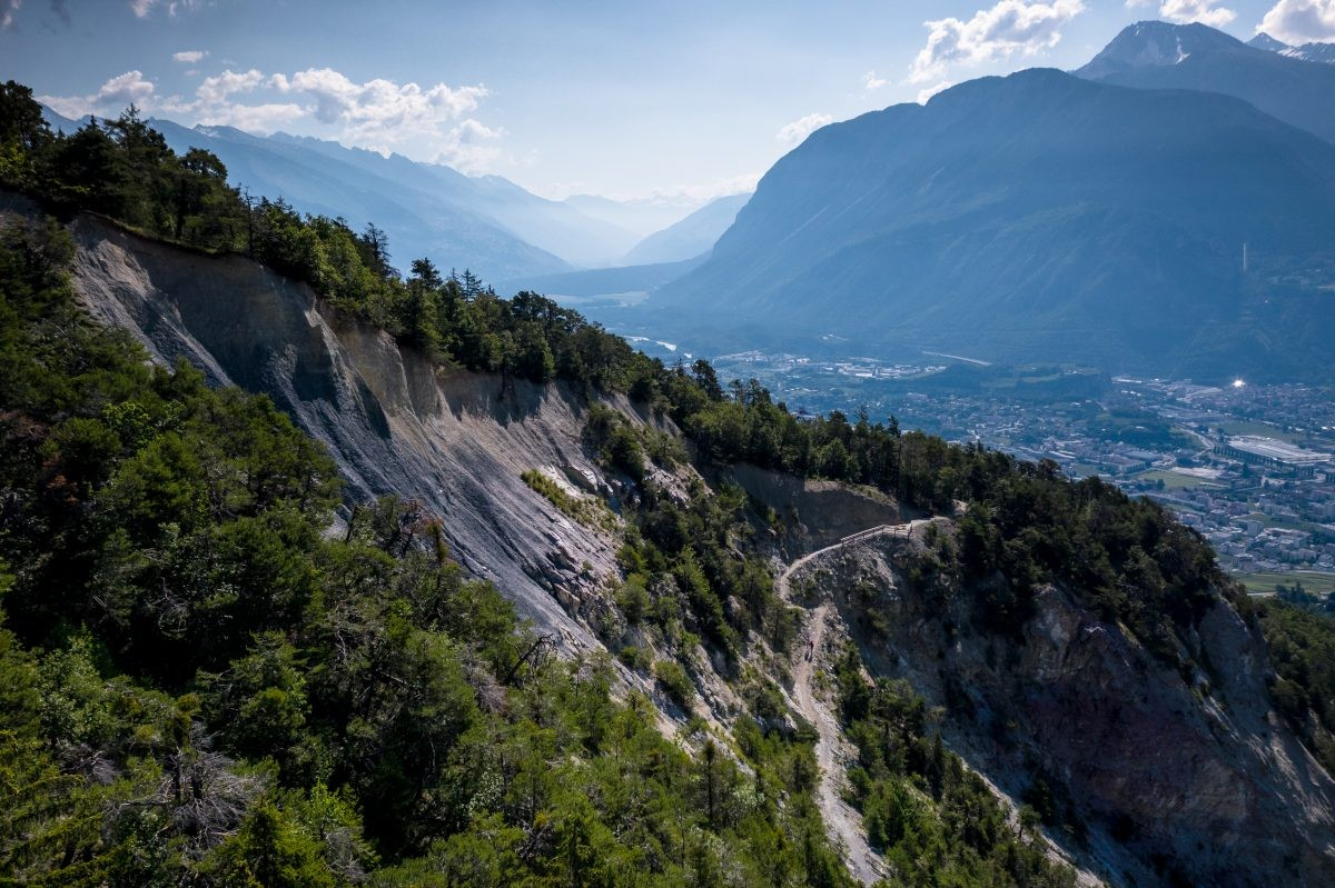 Chemin des Contrées. Copyrights: D.CARLIER / davidcarlierphotography.com