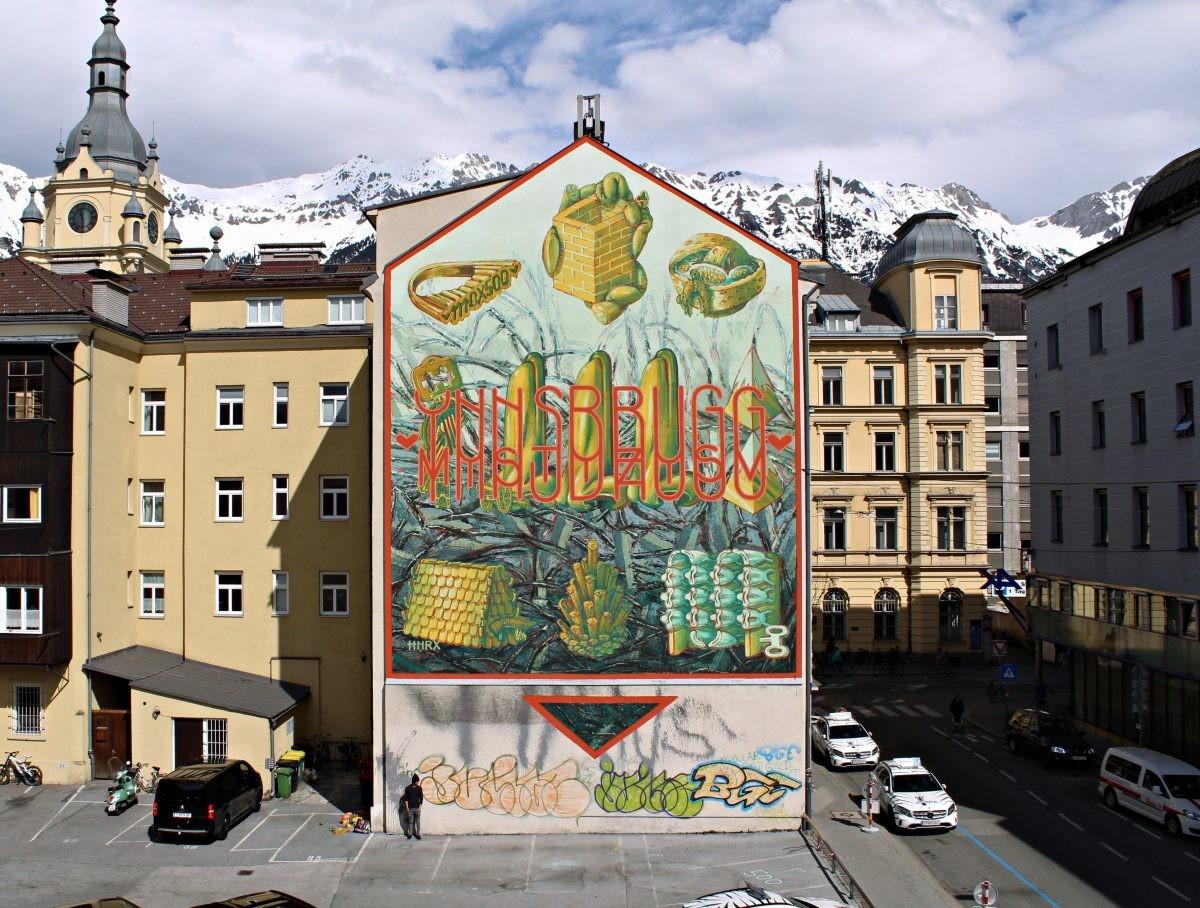 Graffiti als contrast in de oude stad. Foto HNRX