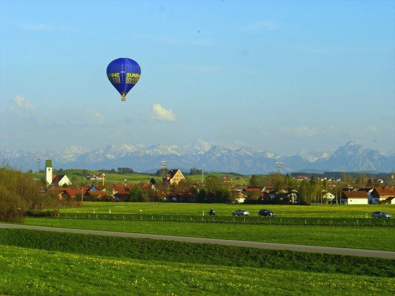 Ballonvaren over de Donau. Foto: Robert van Weperen