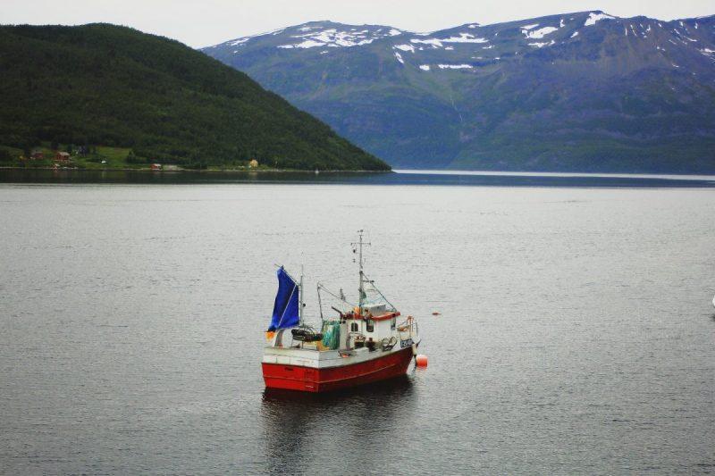 Ook op dit vissersschip is geen Sami vlag te zien