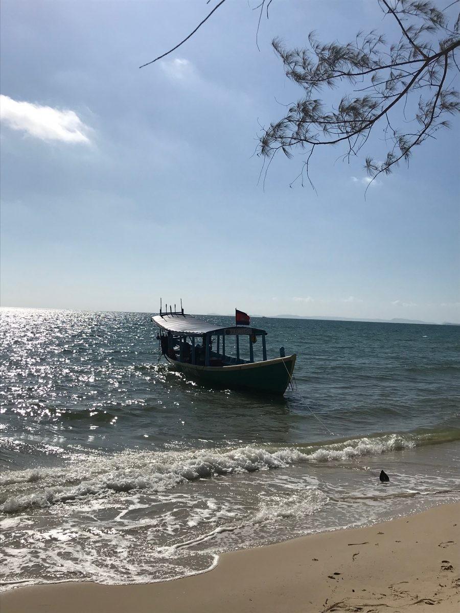 De boot van Otres Beach naar Koh Ta Kiev