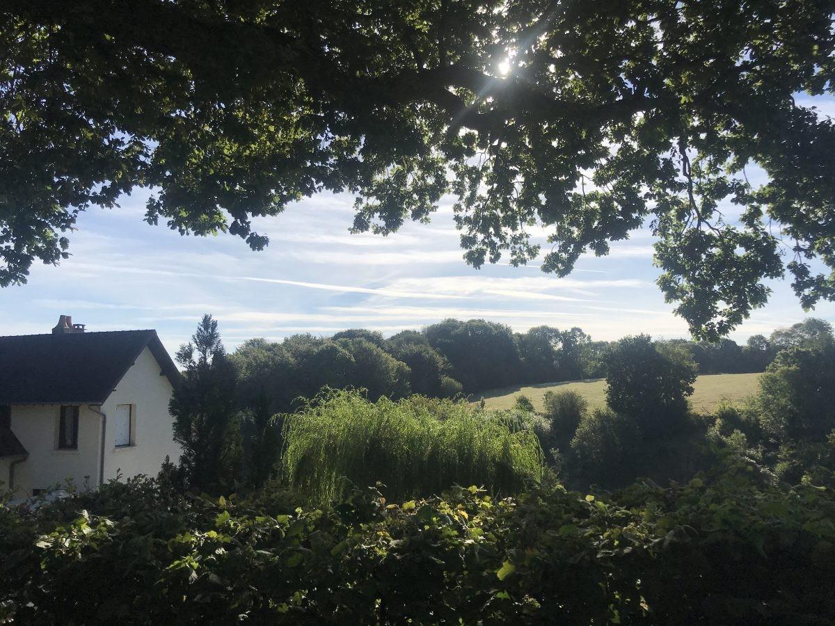 Lekker wandelen op het Franse platteland.