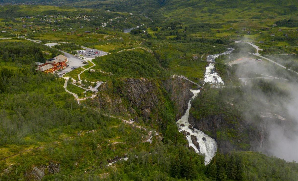 brug over de Vøringsfossen waterval