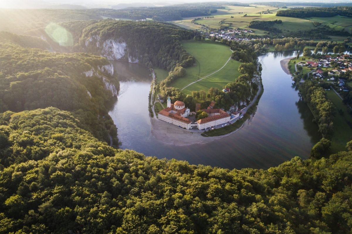 De sprookjesachtige ligging van Weltenburg. Foto: www.bayern.by - Peter von Felbert