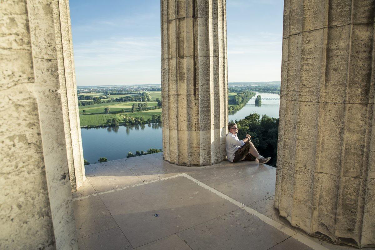Muk met uitzicht over de Donau bij Regensburg. Foto: www.bayern.by Bernhard Huber