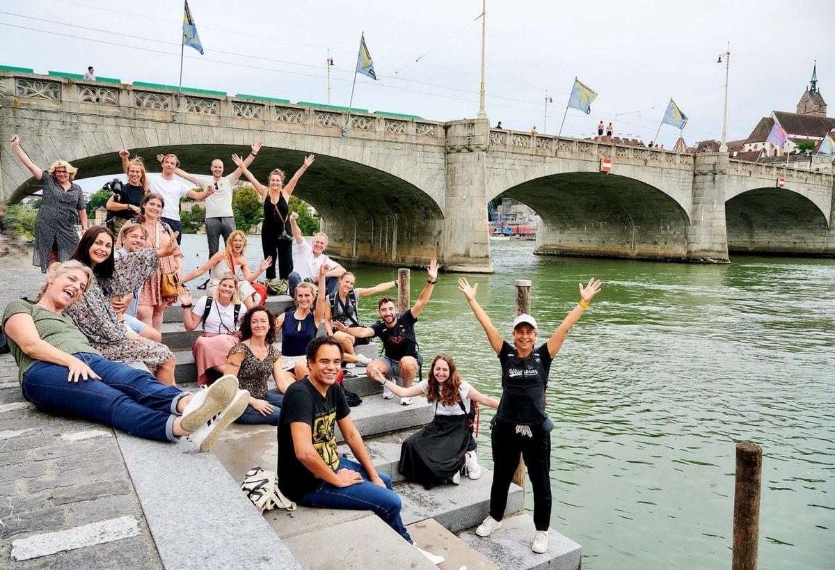 Alle deelnemers in Basel, voordat we ons opsplitsen om naar verschillende regio's te vertrekken. Foto: Chris König / www.chriskönig.nl