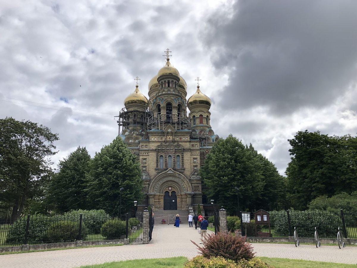 Liepāja, ook deze kerk doet denken aan oude tijden