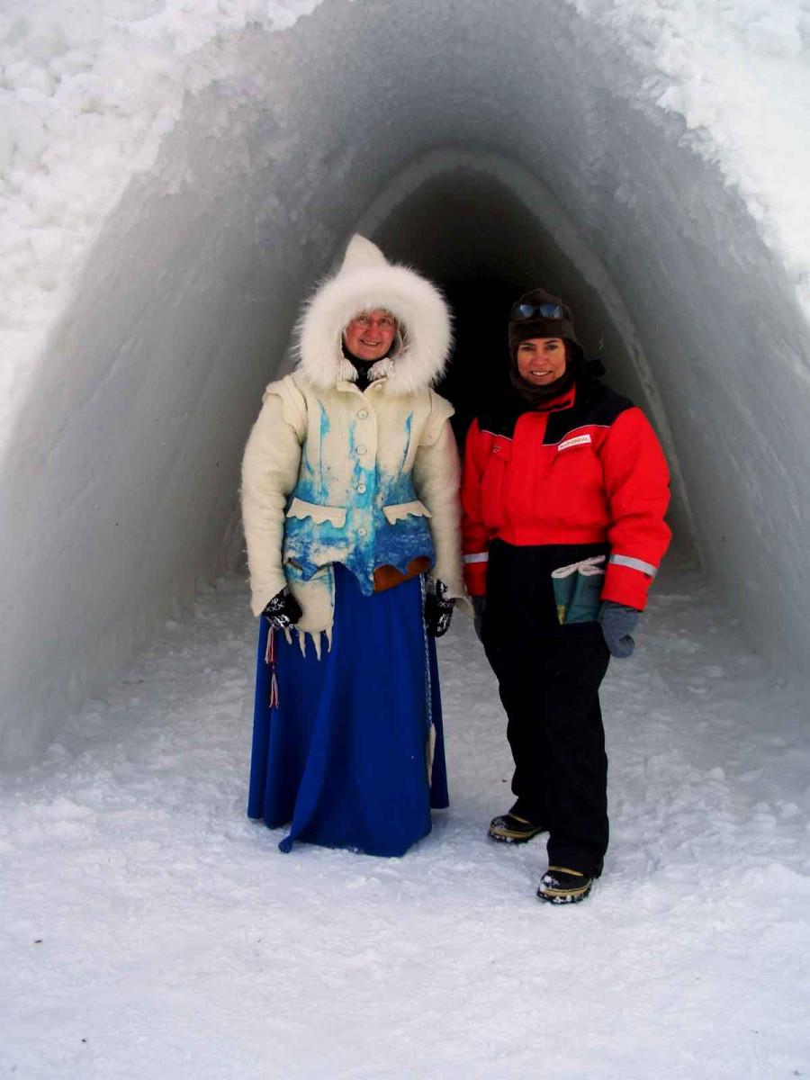 het ijshotel heeft zelfs een ijskoningin