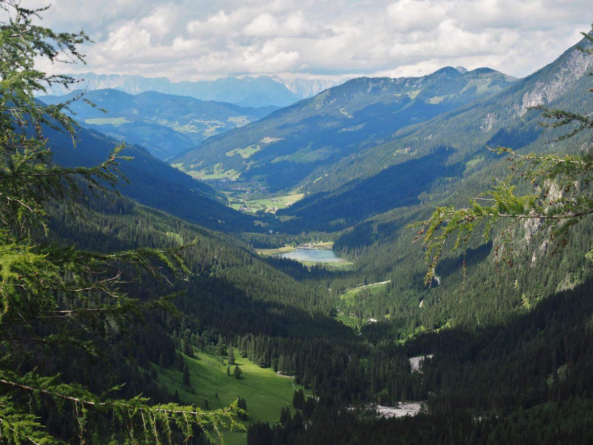 Wandelen van de Jägersee naar de Tappenkarsee