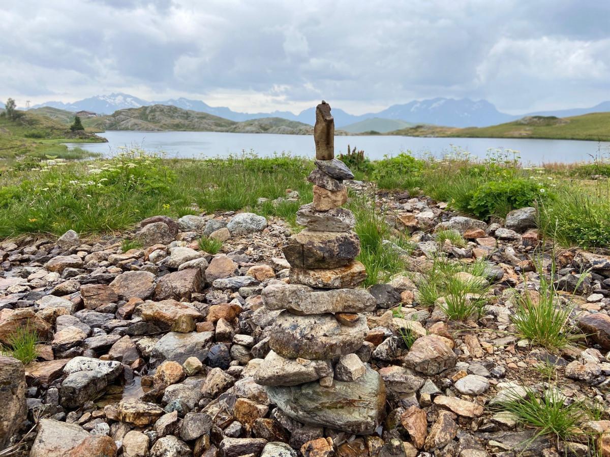 De wandelroute gaat in totaal langs vijf meren. Foto: Maaike Somers