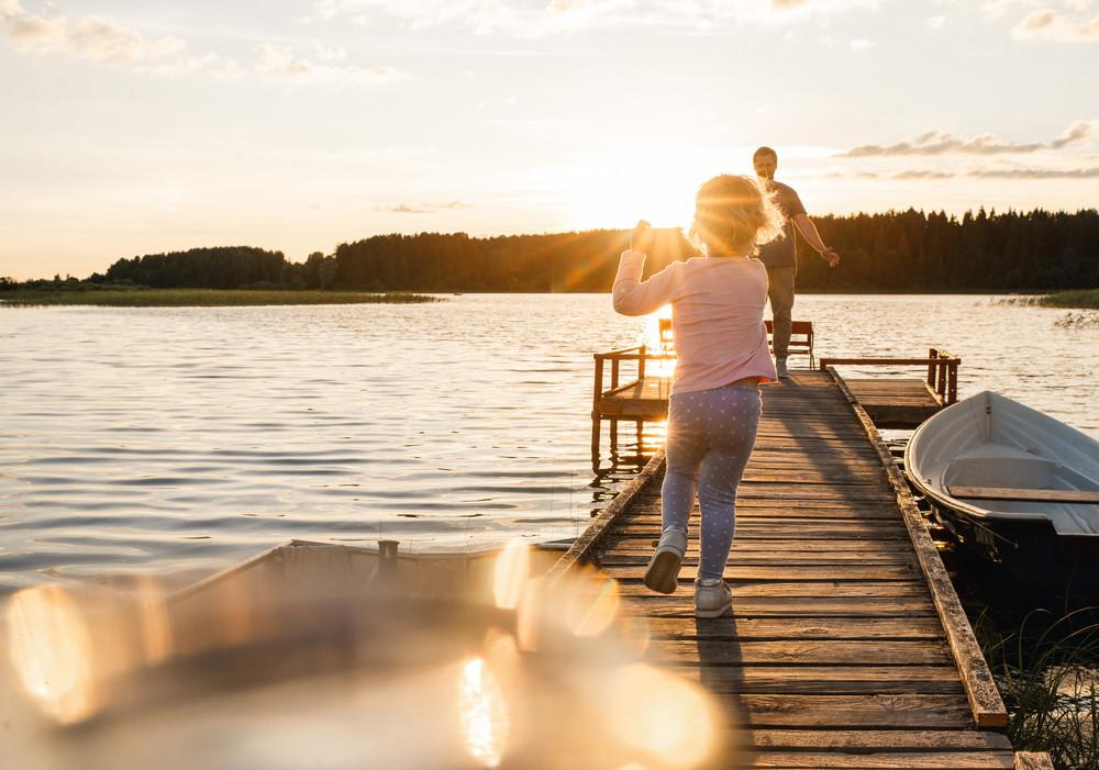 Spelen bij het water: welk kind vindt dat niet geweldig?