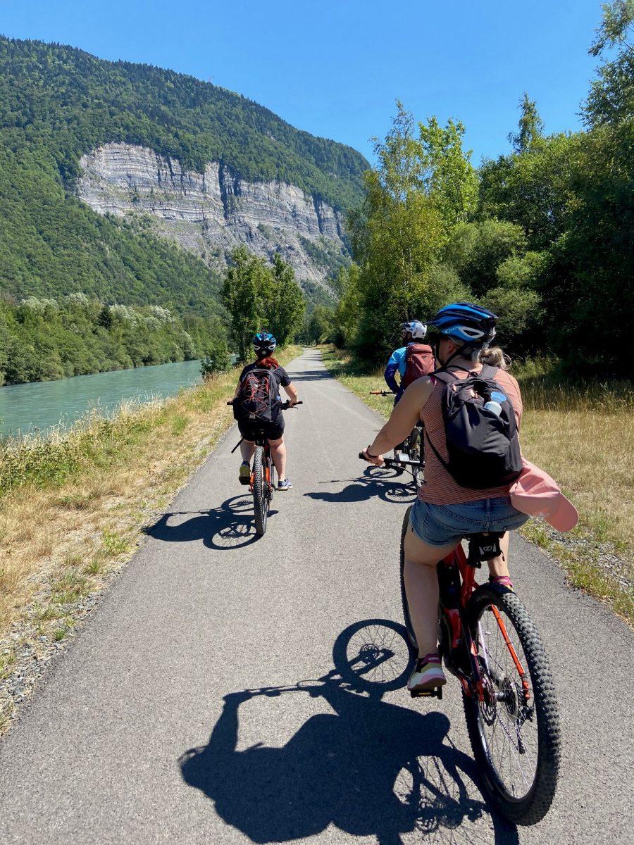 Hele comfortabele fietspaden de Voie Vert. Foto: Maaike Somers