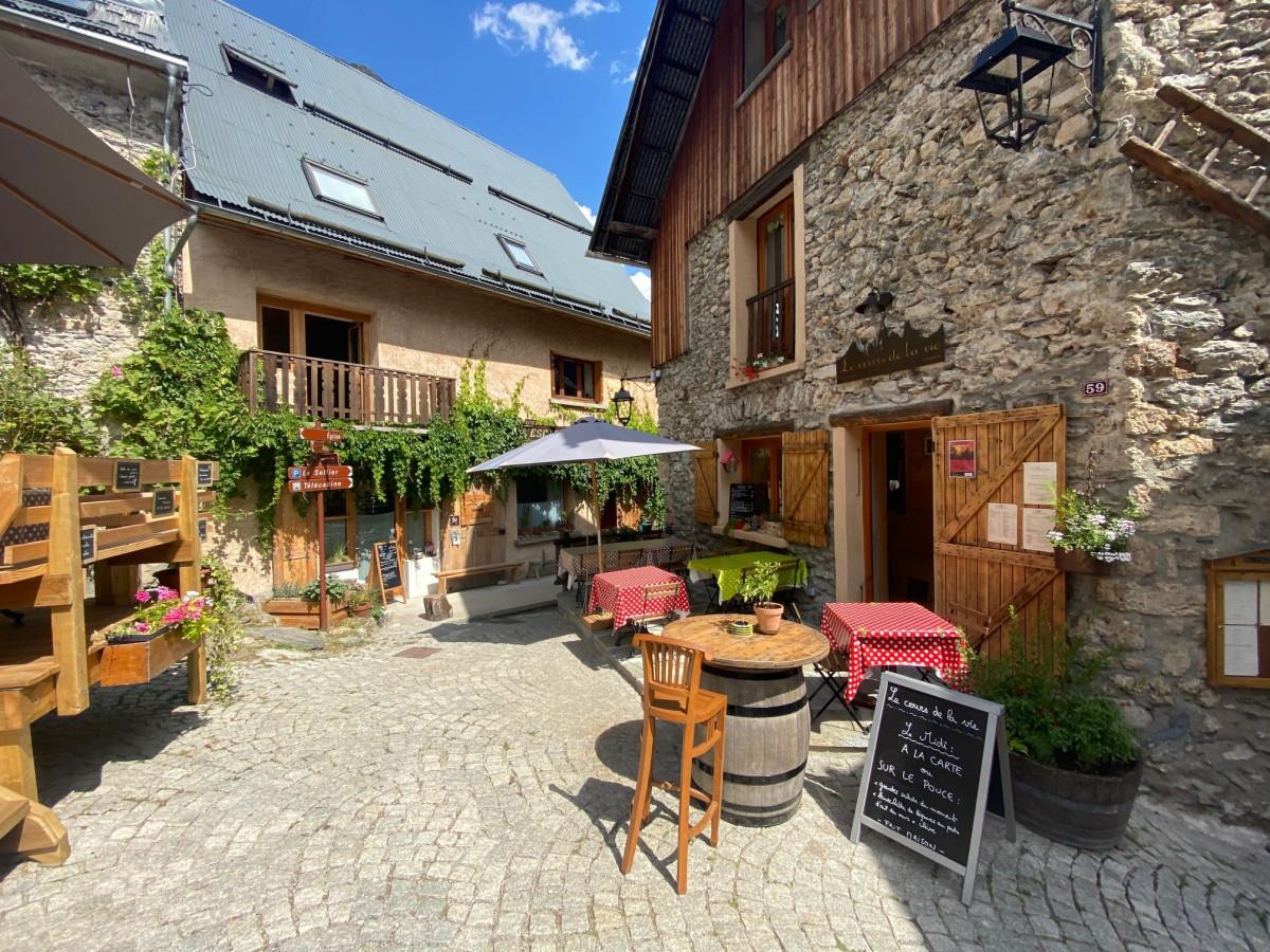 Het authentieke dorp Venosc. Foto: Maaike Somers